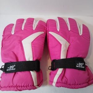 Ladies Pink Winter Gloves
